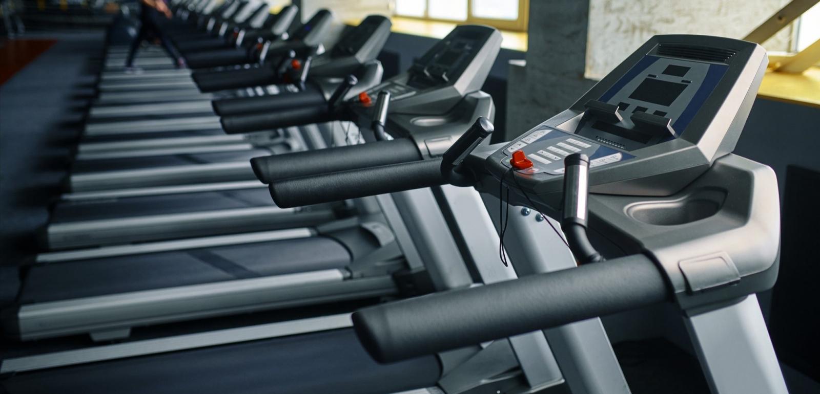 國民運動中心健身房調查