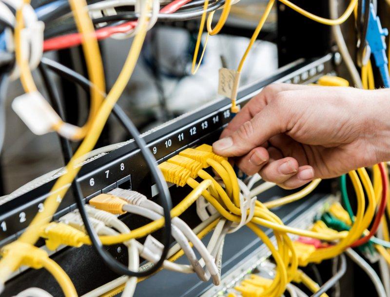 電信業發展趨勢(2012年)